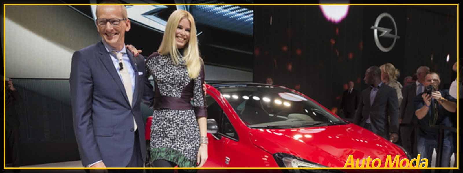 Claudia-Schiffer-testimonial-Opel-Corsa_horizontal_lancio_sezione_grande_doppio